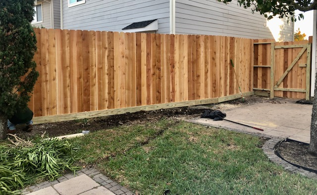 Cedar Wood fence Service